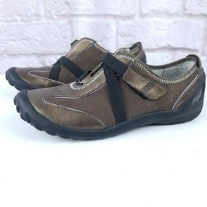 Privo by Clarks size 8 bronze shoes comfort leathe